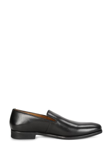 Buy Van Heusen Black Formal Slip-Ons for Men at Best Price   Tata CLiQ 27c406a51