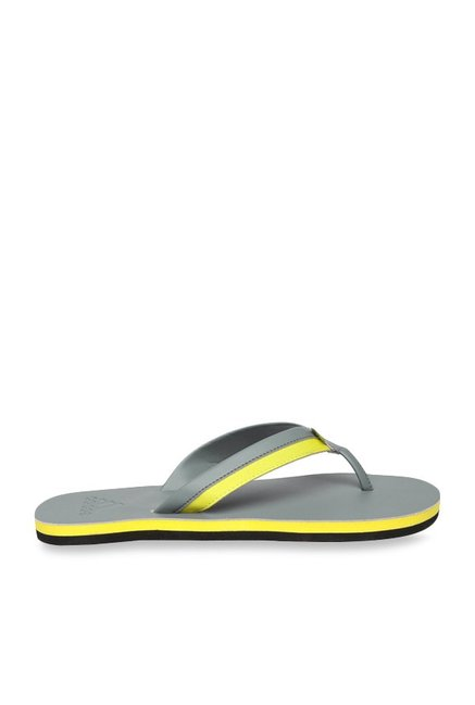 dbfa0e0419242e Buy Adidas Brizo 3.0 Grey   Yellow Flip Flops for Men at Best Price ...
