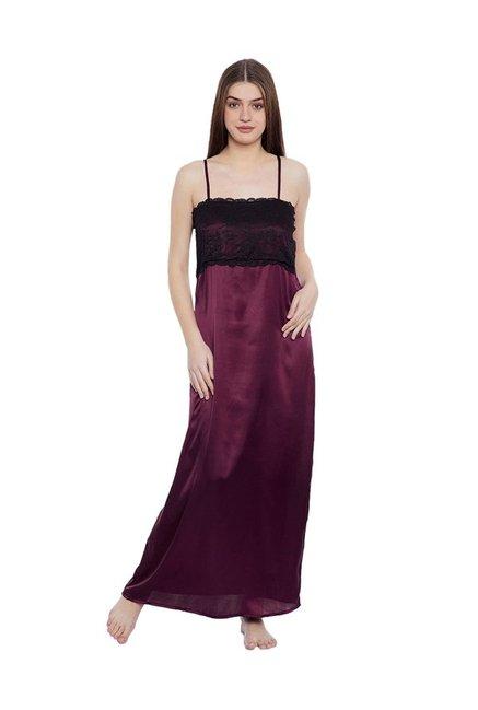4ba1adf39f Buy Clovia Black Floral Print Nighty With Robe for Women Online ...