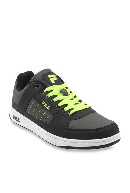 99930170bdd5 Buy Fila Revira Black Sneakers for Men at Best Price   Tata CLiQ