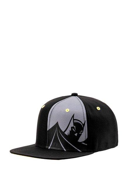 Buy Puma Justice League Batman Black   Grey Printed Summer Cap Online At  Best Price   Tata CLiQ 6373d23f8852