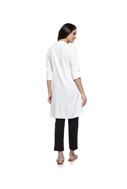 Utsa by Westside White Kurti