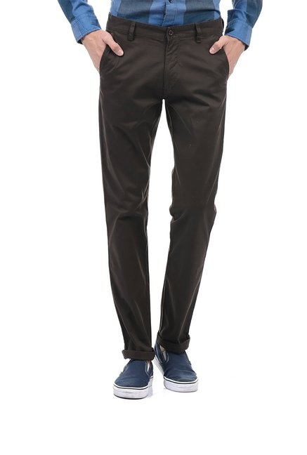 factory newest cheap prices Buy Izod Brown Low Rise Trousers for Men Online @ Tata CLiQ