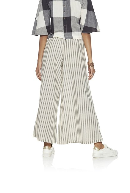 Bombay Paisley by Westside Off-White Striped Palazzos