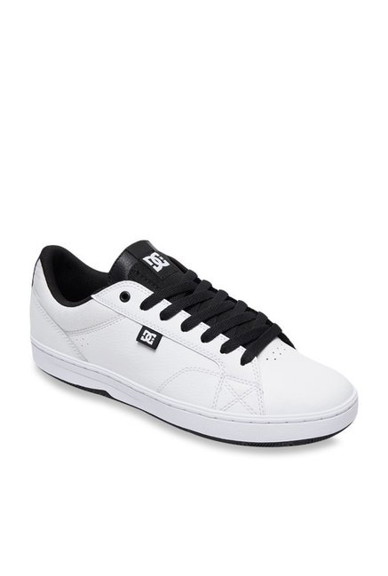 a9686ed11a8 Buy DC Astor White Sneakers for Men at Best Price   Tata CLiQ