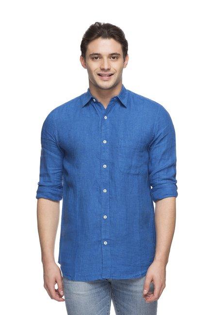 2e8b67fa43e Buy Cottonworld Blue Regular Fit Full Sleeves Shirt for Men Online   Tata  CLiQ