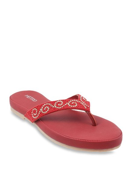 4f05772de Buy Metro Red   Golden Thong Sandals for Women at Best Price   Tata CLiQ