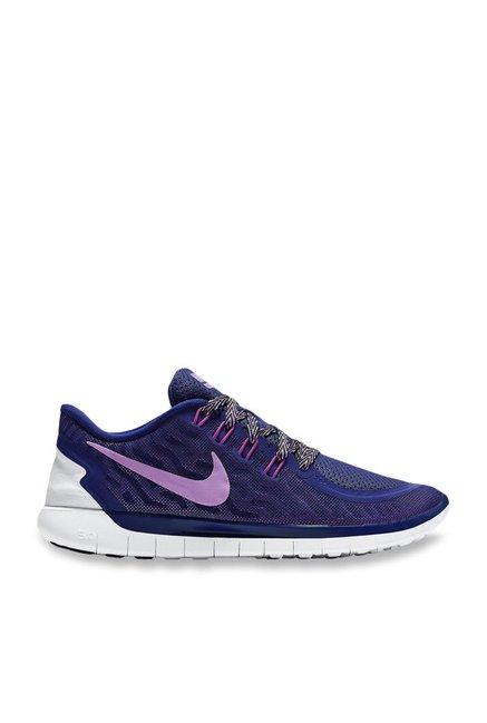 new product 05b24 3adb4 Buy Nike Free 5.0 Blue Running Shoes for Women at Best Price   Tata CLiQ