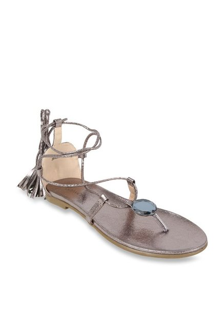 2e444abad2b5 Buy Catwalk Pewter Gladiator Sandals for Women at Best Price   Tata CLiQ