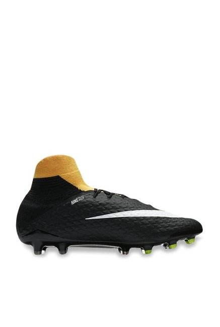 55f44452f423 Buy Nike Hypervenom Phatal III DD FG Yellow Football Shoes for Men at Best  Price   Tata CLiQ