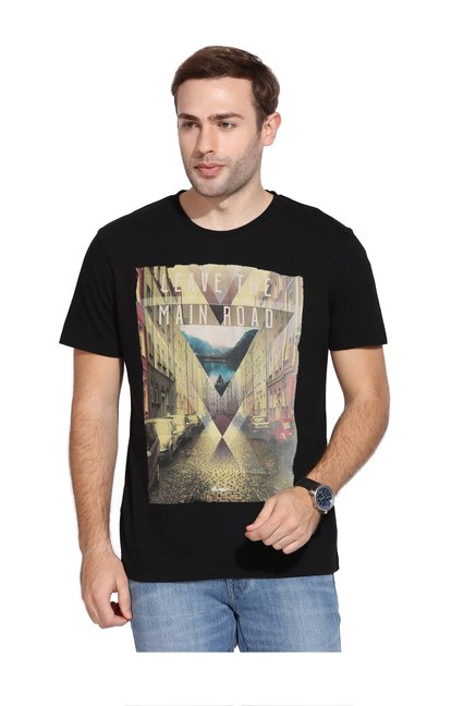 6652534aa84 Buy Wrangler Black Cotton T-Shirt for Men Online   Tata CLiQ