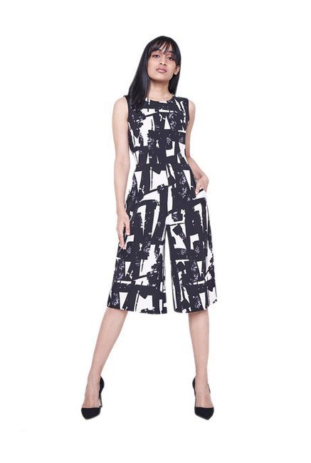 aa726a4bfe1 Buy AND Black   White Printed Jumpsuit for Women Online   Tata ...