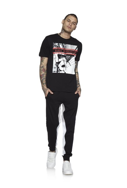 Nuon by Westside Black Slim Fit T-Shirt