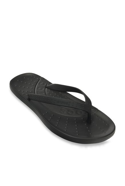 cbd00eab7baa Buy Crocs Chawaii Black Flip Flops for Women at Best Price   Tata CLiQ