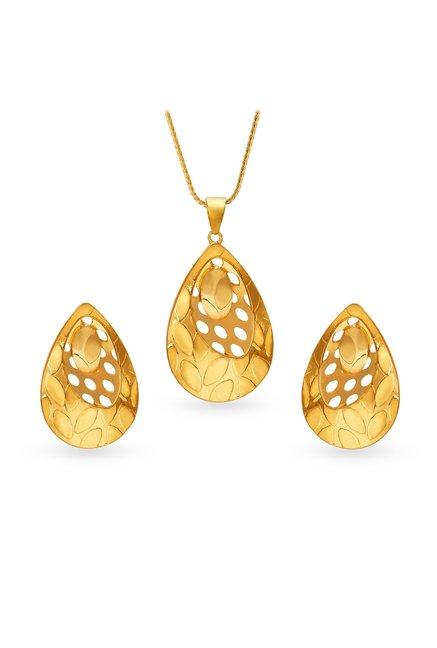 Tanishq 22 Kt Gold Pendant Earring Set