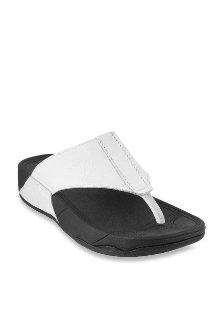 6fb8b25dab2 Buy Mochi White Thong Sandals for Men at Best Price   Tata CLiQ