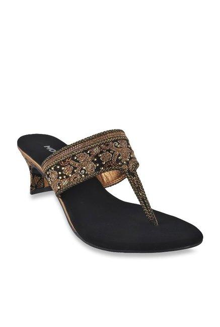 943725ab83a Buy Mochi Black T-Strap Sandals for Women at Best Price   Tata CLiQ