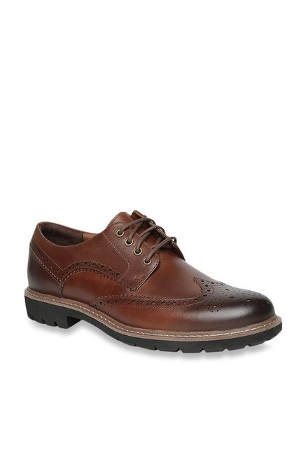 5439f256 Buy Clarks Batcombe Wing Brown Brogue Shoes for Men at Best Price ...