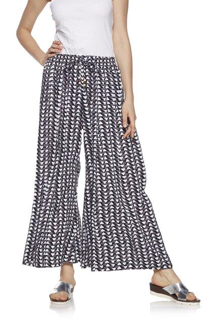 dd419324e0 Buy Zudio Grey Slim Fit Printed Palazzos for Women Online @ Tata ...
