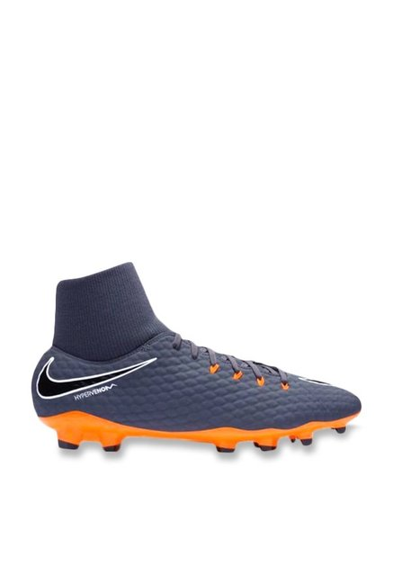 Buy Nike Phantom 3 Academy DF FG Grey Football Shoes for Men at ... acf4de12e4