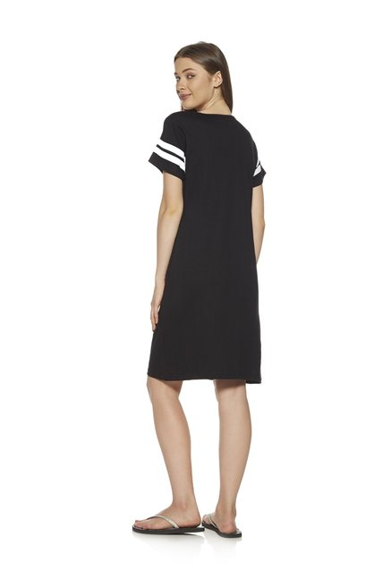 b25ab3281 Buy Zudio Black Pure Cotton Night Dress for Women Online   Tata CLiQ