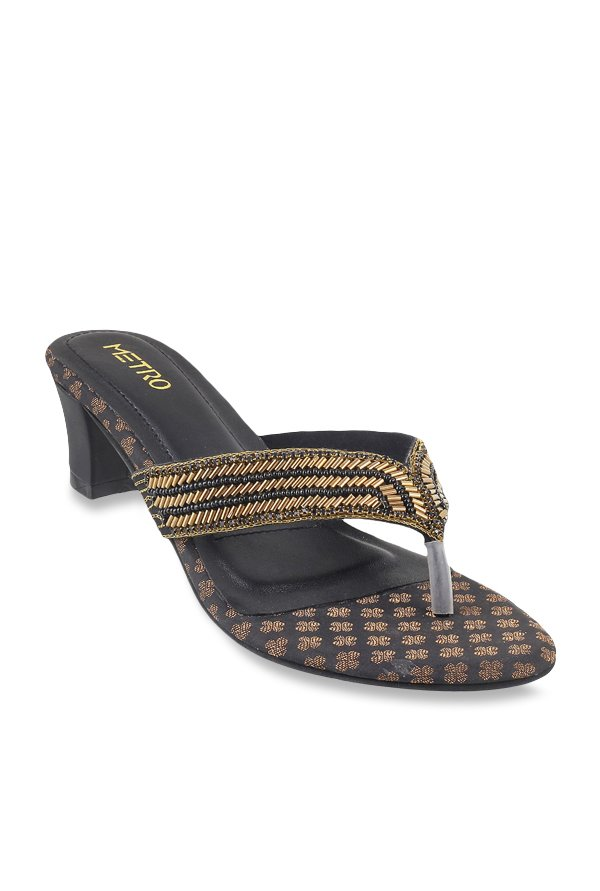 4c1546b19 Buy Metro Black   Golden Thong Sandals for Women at Best Price ...
