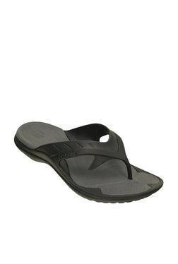 b939610f930260 Buy Crocs Men - Upto 70% Off Online - TATA CLiQ