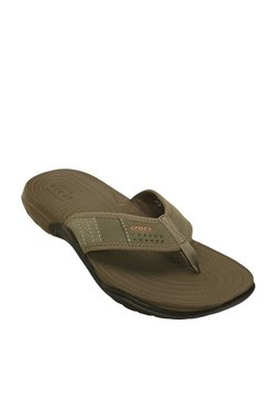 822389fab2b Buy Crocs Men - Upto 70% Off Online - TATA CLiQ