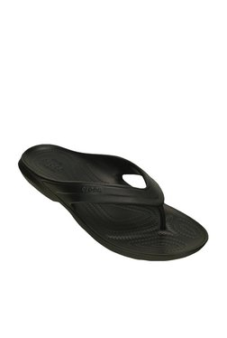 cd9303abd1f Buy Crocs Home   Beach Wear - Upto 70% Off Online - TATA CLiQ