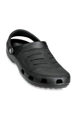 1279e2bcb Buy Crocs Men - Upto 70% Off Online - TATA CLiQ
