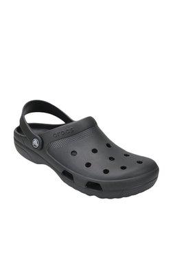 c8a49ba3c00 Buy Crocs Men - Upto 70% Off Online - TATA CLiQ