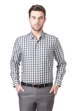 Peter England Black & White Slim Fit Checks Cotton Shirt