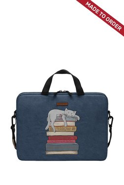Daily Objects How To Chill Like A Cat Navy M  Messenger Bag