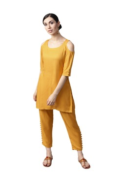 Gerua Yellow Textured Rayon Kurta With Trousers