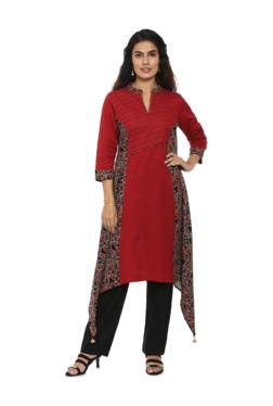 f5f4c3af399581 Soch Red & Black Printed Cotton Kurta With Pants