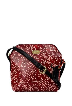 St.Holii By Holii Daisy 03 Red & White Embossed Sling Bag
