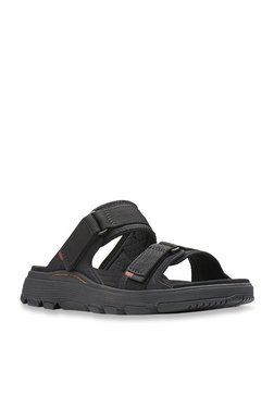 592f3044e165 Clarks Un Trek Black Casual Sandals