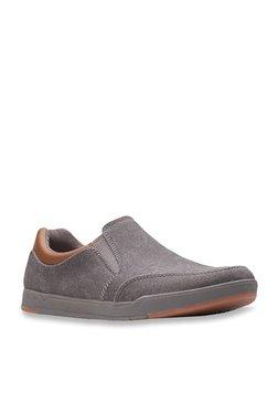 da11671858d48 Clarks   Upto 60% OFF On Clarks Shoes Online At TATA CLiQ