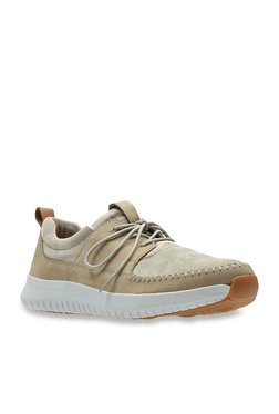 8eb160aa5 Clarks Aiston Walk Beige Sneakers