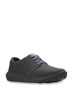 0e7c8e68444 Clarks   Upto 60% OFF On Clarks Shoes Online At TATA CLiQ