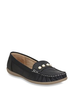 a608ef236ddf Kielz Black Casual Loafers