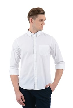 Indian Terrain White Button Down Collar Shirt