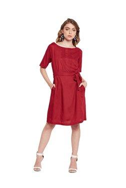 MEEE Red Regular Fit Knee Length Dress