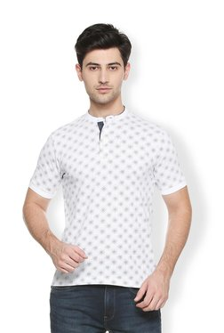 629c7bb1e Buy Van Heusen T-shirts & Polos - Upto 70% Off Online - TATA CLiQ