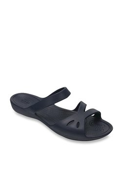 7c112bba380c Buy Crocs Women - Upto 70% Off Online - TATA CLiQ