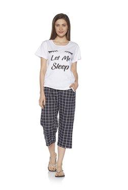 58c736625 Zudio White Typographic Print T-shirt And Capris Set