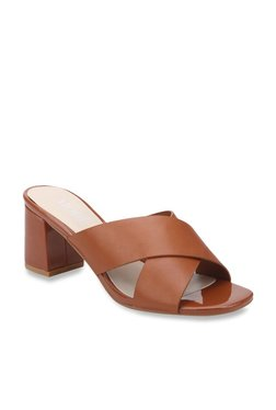 72c32211145 Buy Mode by Red Tape Women - Upto 70% Off Online - TATA CLiQ