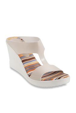 dafd2d32939 Mochi Shoes   Buy Mochi Shoes At Upto 50% OFF At TATA CLiQ
