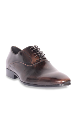 79686da2157 Buy Steve Madden Formal - Upto 70% Off Online - TATA CLiQ