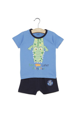 b7afae25853 Zudio Kids Blue Alligator Print T-Shirt And Shorts Set